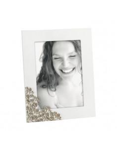 Portafoto In Legno Bianco Decoro Fiori Rovere Cm. 20x25 A770 - 2OQA770 - Mascagni - Portafoto